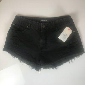 🎉SALE BILLABONG cut off black jean shorts SZ 28